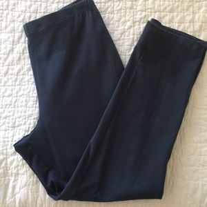 Women with Control pull on petite knit leggings